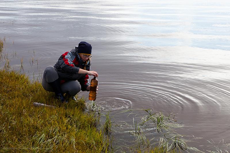 Отбор воды для гидрологического анализа